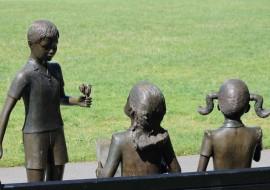 sharing-children